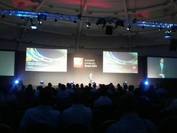 1ª Apresentação no AU Brasil 2012